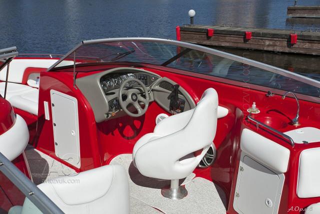 аудиосистема в лодке