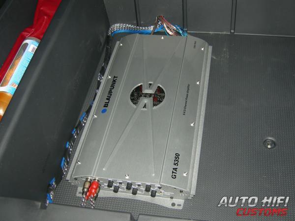 Blaupunkt GTA 5350.  Hyundai Santa Fe.