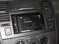 Фотография установки магнитолы Pioneer AVH-X1800DVD в Nissan Tiida