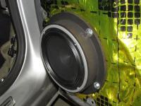 Установка акустики Audison AV 6.5 в Opel Astra J