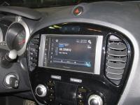 Фотография установки магнитолы Pioneer SPH-DA120 в Nissan Juke