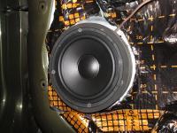 Установка акустики Morel Tempo 6 в KIA Sorento II (XM)