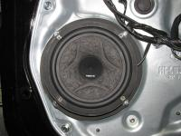 Установка акустики Hertz ESK 165L.5 в KIA Sorento II (XM FL)