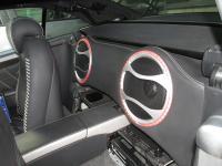Установка сабвуфера Audison Thesis TH 10 basso в Mercedes SL (R230)