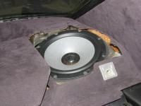 Установка акустики Morel Tempo Ultra Integra 602 в Mercedes S class (W126)