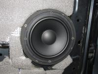 Установка акустики Morel Tempo 6 в Renault Logan