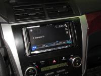 Фотография установки магнитолы Pioneer AVH-X8800BT в Toyota Camry V50