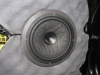 Установка акустики Hertz ESK 165L.5 в KIA Ceed II (JD)