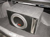 Установка сабвуфера Alpine SWR-12D4 в Lada Priora 2