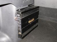 Установка усилителя DLS CA450i в Renault Duster