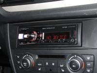 Фотография установки магнитолы Alpine UTE-92BT в BMW X1 (E84)