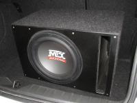 Установка сабвуфера MTX RT12-04 vented box в BMW 1 (F20)