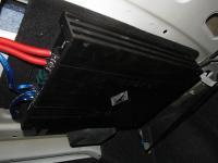 Установка усилителя Helix G FOUR в Volkswagen Jetta VI