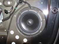 Установка акустики Eton POW 172.2 Compression в Volkswagen Golf Plus