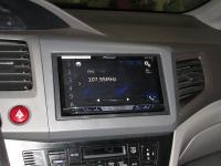 Фотография установки магнитолы Pioneer AVH-X5800BT в Honda Civic IX