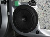 Установка акустики Hertz ESK 165L.5 в Skoda Rapid