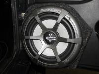 Установка акустики Audio System M 165 EVO в Lada Niva