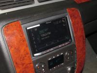 Фотография установки магнитолы Pioneer AVH-X8800BT в Chevrolet Tahoe III