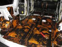 Установка Comfort Mat Dark D3 в Lada Largus
