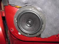 Установка акустики Morel Maximo Coax 6 в Mazda CX-5