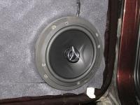 Установка акустики Hertz ECX 165.5 в SsangYong Rexton