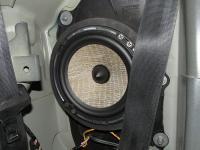 Установка акустики Focal Performance PS 165 FX woofer в Peugeot 207 CC