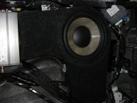 Установка сабвуфера Focal Performance P 25 F в Lexus LX 450d