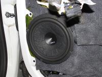 Установка акустики Hertz EV 165L.5 в Renault Megane 3