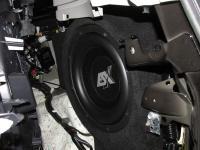 Установка сабвуфера ESX SX1040 в Toyota Land Cruiser 200