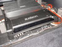 Установка усилителя Audison SR 4 в Toyota Land Cruiser 200