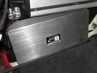 Установка усилителя Kicx QS 1.600 в Mercedes GLS (X166)