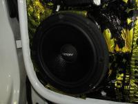 Установка акустики Eton POW 172.2 Compression в Volkswagen Tiguan