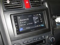 Фотография установки магнитолы Pioneer SPH-DA120 в Honda CR-V (III)
