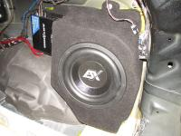 Установка сабвуфера ESX SX1040 в JEEP Grand Cherokee (WK2)