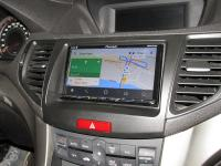 Фотография установки магнитолы Pioneer AVH-Z5000BT в Honda Accord 8