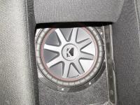 Установка сабвуфера Kicker 43CVR102 в Toyota Altezza