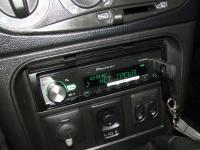 Фотография установки магнитолы Pioneer MVH-X580BT в Chevrolet Niva