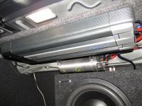 Установка усилителя Audison LRx 4.1k 4-channel black в BMW 3 (F30)