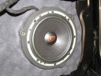 Установка акустики Dego PO 6.5 MW в Mercedes GL (X166)