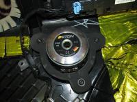 Установка акустики Eton PRW 80 в Land Rover Range Rover Sport