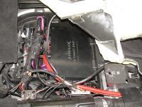 Установка усилителя Helix V EIGHT DSP в Mercedes GL (X166)