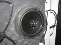 Установка акустики Hertz ECX 165.5 в Land Rover Freelander 2