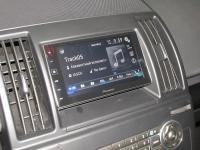 Фотография установки магнитолы Pioneer SPH-DA120 в Land Rover Freelander 2