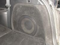 Установка сабвуфера Focal Performance P 25 F в Mazda CX-9