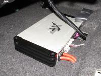 Установка усилителя ESX QE80.6DSP в Toyota RAV4.4
