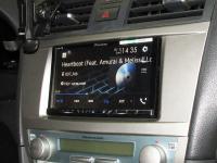 Фотография установки магнитолы Pioneer AVH-Z5100BT в Toyota Camry V40
