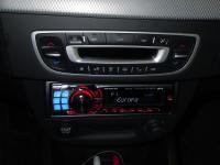 Фотография установки магнитолы Alpine CDE-9882Ri в Renault Fluence