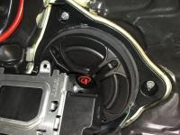 Установка акустики Dego ST 6.5 MW в Mercedes E class (W238)