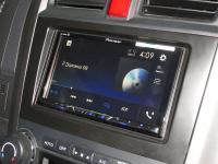 Фотография установки магнитолы Pioneer AVH-Z5100BT в Honda CR-V (III)
