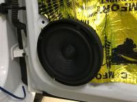 Установка акустики Pioneer TS-Z65C в Volkswagen Polo V